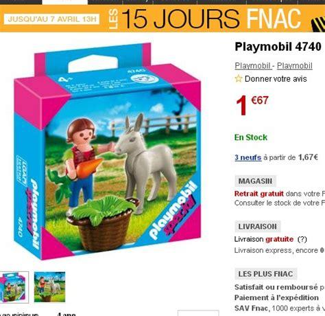 1.67 euros la boite de playmobil avec un enfant et un anon