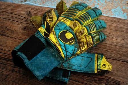 10 Best Goalkeeper Glove For Kids 2019   Junior Soccer Stars