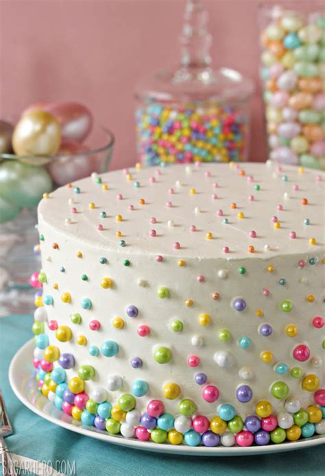 10 Cake Decorating Ideas Guaranteed to be Top Hits