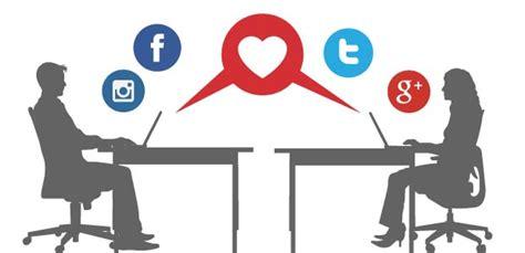 10 cosas que una pareja nunca debe hacer en las redes sociales