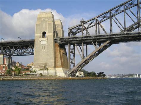 10 facts about the Sydney Harbour Bridge | Rockfish Catamarans
