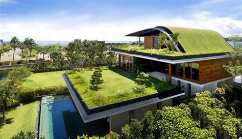 10 hermosos diseños de jardín en el techo de la casa