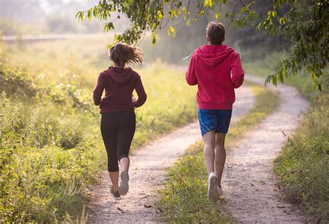 10 Incredible Benefits of Jogging to Stay Fit & Healthy