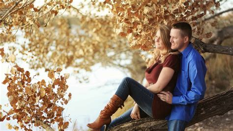 10 Romantic Wedding Anniversary Ideas For Couples   Cheap ...