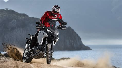 £1000 Free Accessories or Clothing   Enduro Offer   Ducati ...