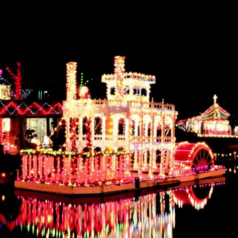 1000+ images about Boat Parade on Pinterest | December ...