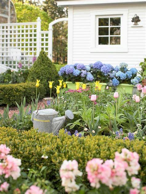 1001 + ideas sobre cómo decorar un jardín pequeño