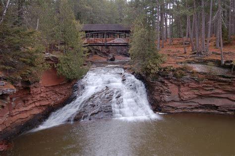 11 Best Waterfall Hikes In Wisconsin