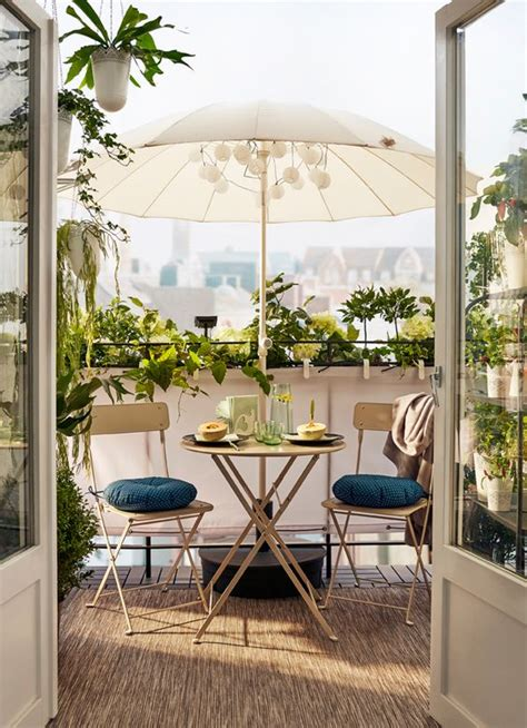 11 Gorgeous Balcony Gardens you will Love   Jungle Spaces