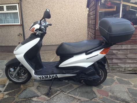 125cc Scooter Yamaha Cygnus X 125 1 Years TAX & MOT