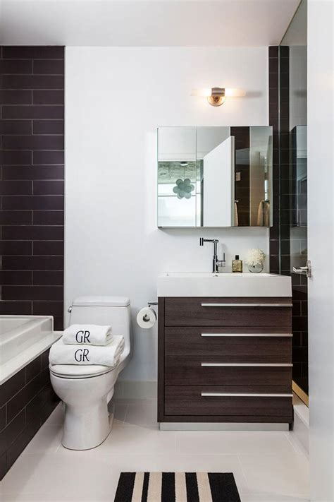 15 Space Saving Tips for Modern Small Bathroom   Interior ...
