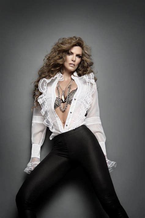 16 best images about Montserrat Oliver   modelo on ...