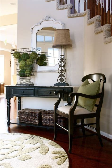 17 Best images about Foyer on Pinterest | Entryway decor ...