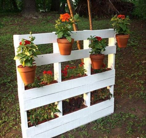 19 Inexpensive DIY Pallet Planters To Beautify Your Garden ...