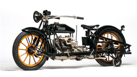 1915 Militaire Model 2 | Lot F28 | EJ Cole Collection 2015 ...