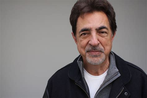 1919 – Tasting Chicago with Joe Mantegna