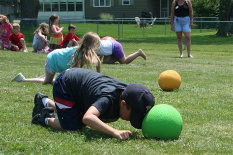 20+ Best Relay Race Games and Ideas   Icebreaker Ideas