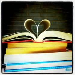 20 libros que no deben faltar en la biblioteca de todo ...