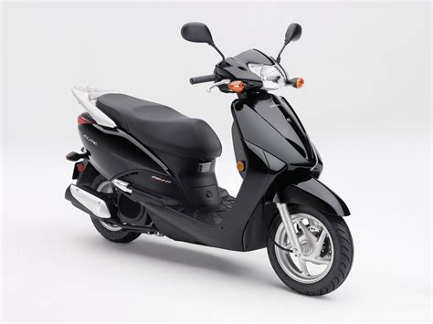 2010 HONDA Elite scooter wallpaper and specifications