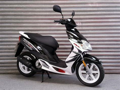 2011 YAMAHA JOG RR 50cc SCOOTER LOW MILEAGE *VERY CLEAN ...
