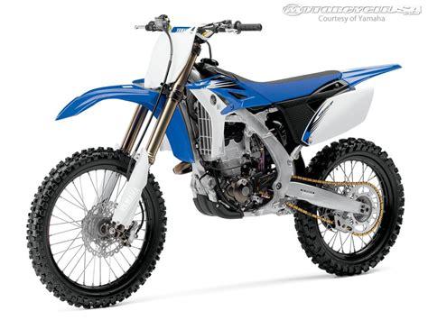 2012 Yamaha YZ 250 F   Moto.ZombDrive.COM