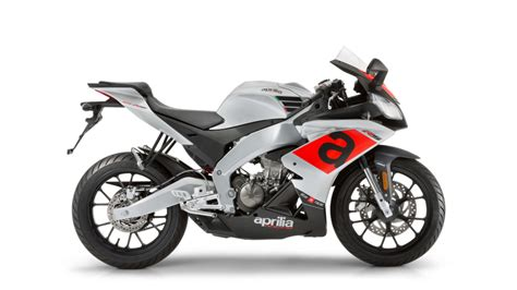 2017 Aprilia RS 125 Review   Top Speed