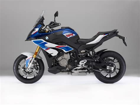 2018 BMW S 1000 XR Buyer s Guide | Specs & Price