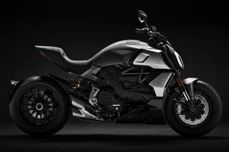 2019 Ducati Diavel 1260 First Look  11 Fast Facts