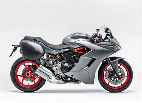 2019 Ducati SuperSport Guide • Total Motorcycle