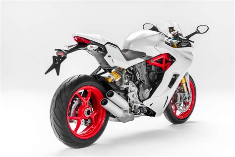 2019 Ducati SuperSport S Guide • Total Motorcycle