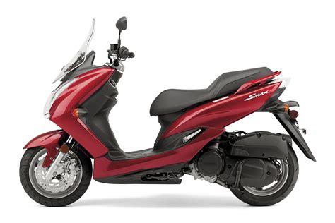 2020 Yamaha SMAX Guide • Total Motorcycle