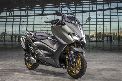 2020 Yamaha TMax and TMax Tech Max First Look  8 Fast Facts