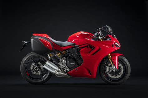 2021 Ducati SuperSport 950S Guide • Total Motorcycle