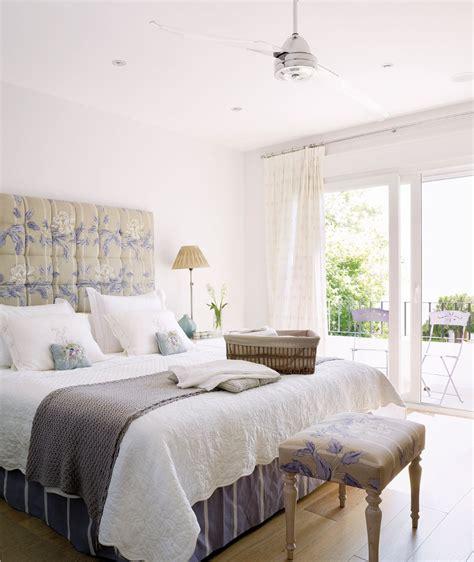 21 Charming & Comfortable Bedroom Interior Design