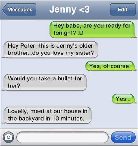 21 Ultra Hilarious & Awkward Text Conversations Made on iPhone