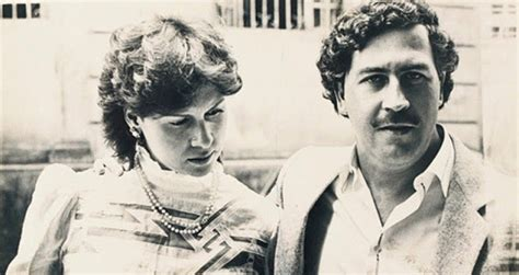 23 Fascinating Candid Photos From Pablo Escobar s Family Album