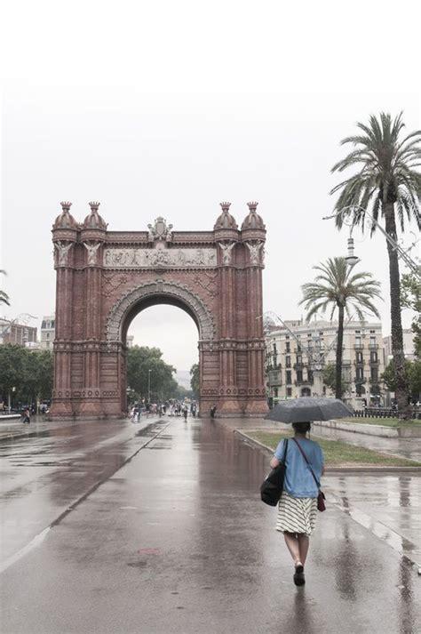 24 horas lluviosas en Barcelona   Barcelona, Lluvioso, Viajes