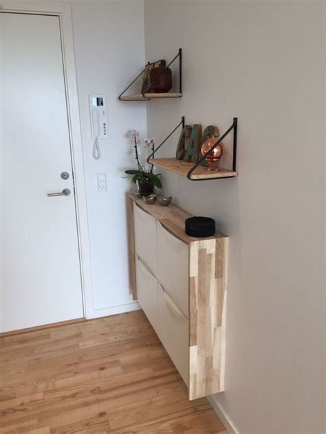 25 Cool Floating Consoles For Small Entryways   DigsDigs