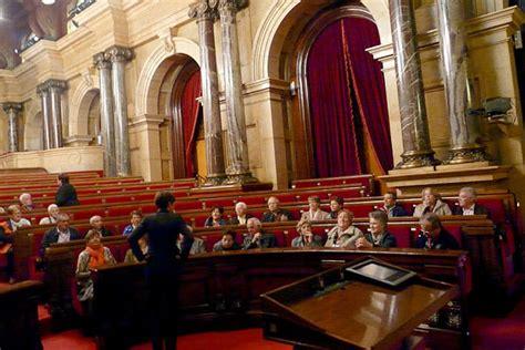 264 persones grans de les Franqueses visiten el Parlament ...