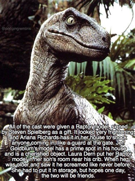 30 Fascinating Facts About the Original Jurassic Park ...