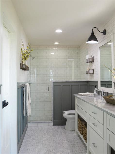 30+ Small Bathroom Design Ideas | HGTV
