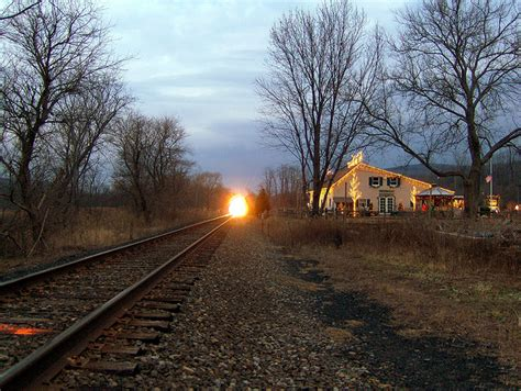 #312 The sound of a train coming into the station – 1000 ...