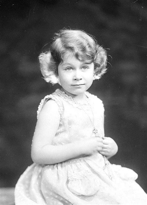32 Rare Pictures from the Life of Queen Elizabeth II ...