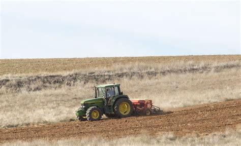 4.674 agricultores recibirán 9,3 millones en ayudas PAC