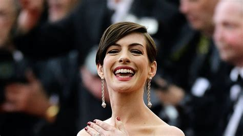 5 Anne Hathaway Instagram Posts That We Can t Wait to See