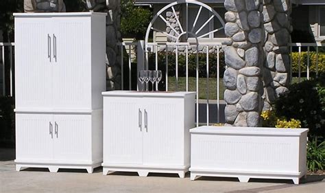 5 Easy Outdoor Storage Cabinet Ideas: How to Build Your Own