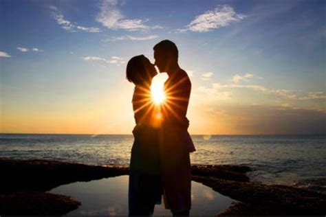 50 Best Romantic Pictures To Show Your Love – The WoW Style