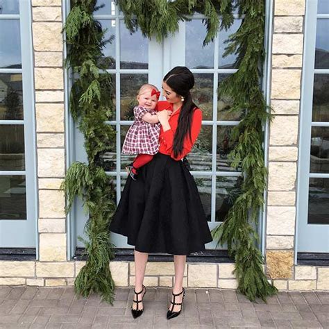 59 Cute Christmas Outfit Ideas | StayGlam