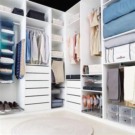 6 formas de guardar tus zapatos en armarios y vestidores ...