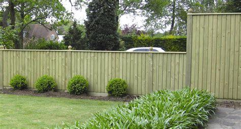 8 Amazing Budget Garden Fence Ideas   Gardening flowers ...